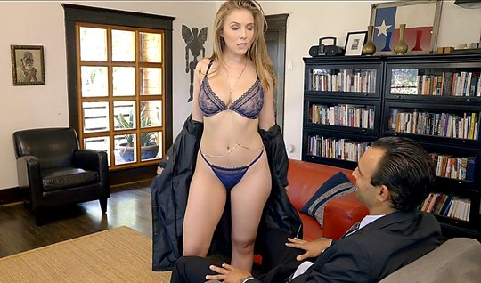 Lena Paul finds a woman's happiness in the face of a rich member of the banker neighbor – youjizz.bz