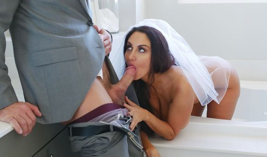 Johnny Castle as a witness of the groom hard bangs busty milf before the wedding – jizz